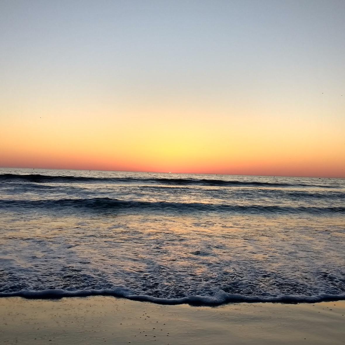 sunset_ocean.jpg